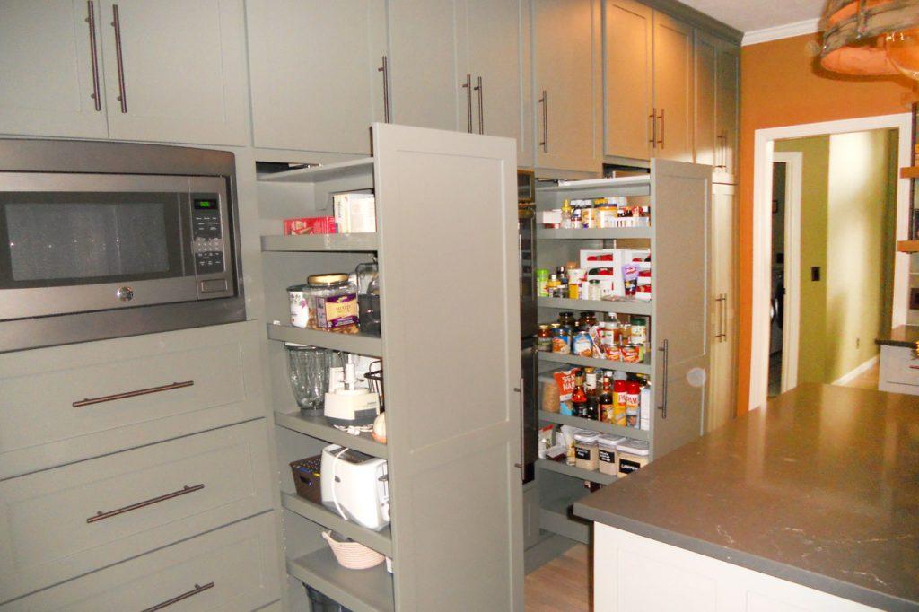 kitchen-pantry-dscn0021
